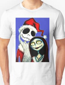 Jack and Sally Skellington ready for Christmas Unisex T-Shirt
