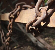 Rusted Chains by Amanda Bentley Graphic Design & Photography