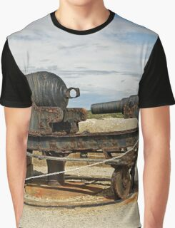 9 inch Guns at The Needles Old Battery Graphic T-Shirt
