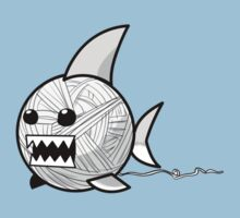 Yarn shark (grey) by sharkandfriends