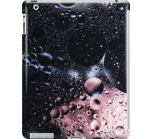 Bubblescapes - Oil in Water II iPad Case/Skin