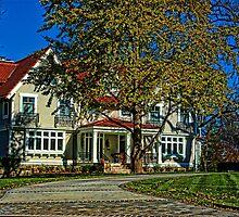 Kansas City Luxury Home by TeeMack