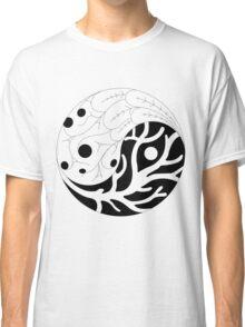 The living yin yang Classic T-Shirt