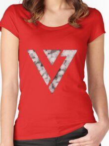 Seventeen Logo Women's Fitted Scoop T-Shirt