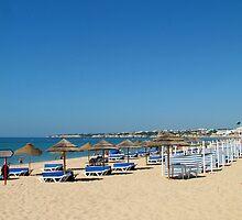 Armação de Pera Beach by Tom Gomez
