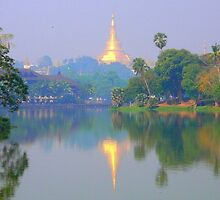the Shwedagon Pagoda by supergold