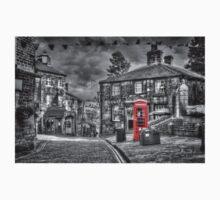 Haworth - Red Telephone Box Kids Clothes