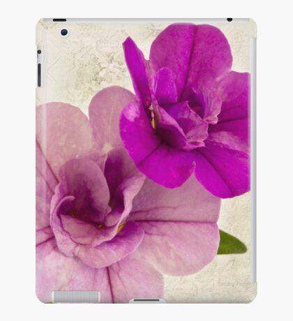 Calibrachoa Petunia Blossoms - Macro iPad Case/Skin