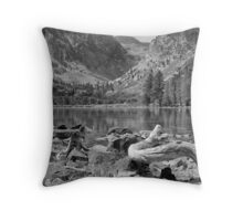 Parker Lake, Ansel Adams Wilderness Area, California Throw Pillow