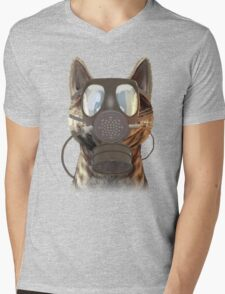 Schrödinger underestimates the cat Mens V-Neck T-Shirt