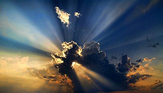 Cloud 20120430-31 by Carolyn  Fletcher