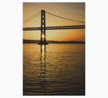 Framing the Sunrise at San Francisco's Bay Bridge in California Kids Tee