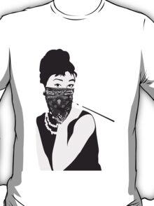 Gangster Audrey Hepburn | STICKER T-Shirt