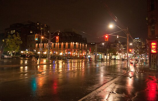 Queen And Soho On A Rainy Night by Gary Chapple