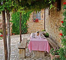 Alfresco Dining by Lynnette Peizer