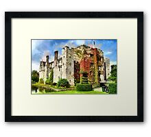 Hever Castle, Kent, home of Anne Boleyn and Anne of Cleves Framed Print