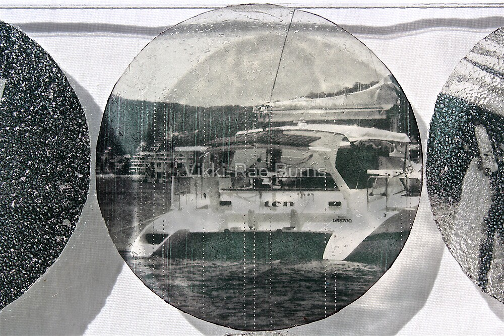 Noosa Yacht by Vikki-Rae Burns