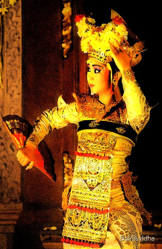 Into the light by BaliBuddha