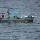 Inviting to go to fish - Invitando a pescar by PtoVallartaMex