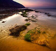 Rising Tides by Yhun Suarez
