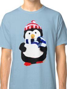 Cute Penguin T-shirt Classic T-Shirt