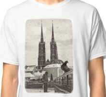 Standing and waiting for you Classic T-Shirt