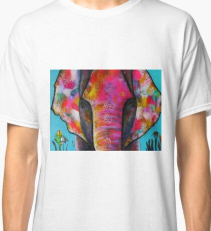 Leela - the pink elephant Classic T-Shirt