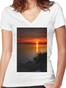 Morning by the shore Women's Fitted V-Neck T-Shirt