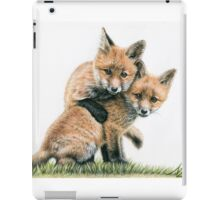 Playing Fox Kids - Spielende Fuchskinder iPad Case/Skin
