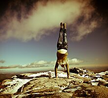 Joe the gymnast in the mountains by Vitor Marques Photography