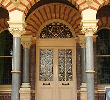 Ripponlea Entrance by kalaryder
