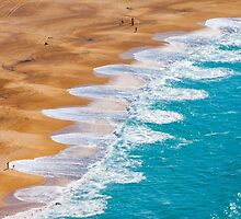 Nazaré waves. ondas na Nazaré. by terezadelpilar~ art & architecture