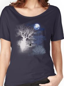 HOWLING MOON Women's Relaxed Fit T-Shirt