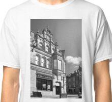 Free house Classic T-Shirt