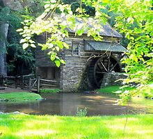 Water wheel..... by DaveHrusecky
