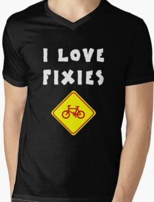 I love FIXIES Mens V-Neck T-Shirt