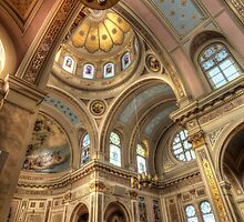 Transept and Dome by Adam Bykowski