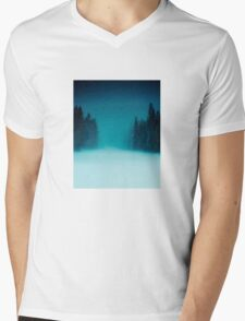 into the wild Mens V-Neck T-Shirt
