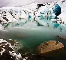 Matanuska Glacier Moulin by mikewheels