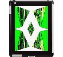 Green Triangle iPad Case/Skin