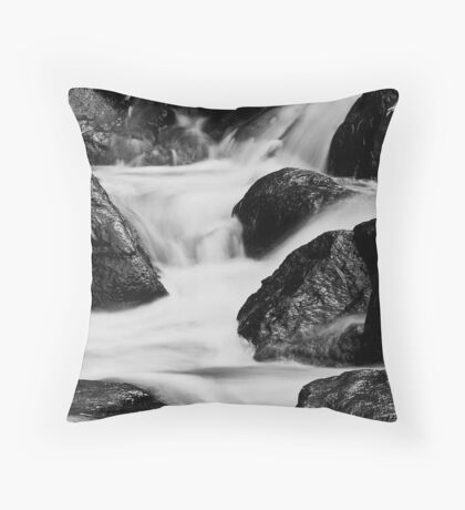 Running water and rocks Throw Pillow