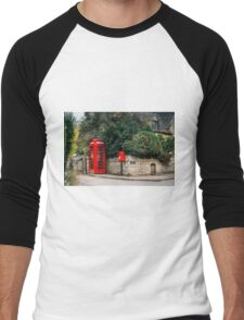 Telephone booth in Stanton, The Cotswolds Men's Baseball ¾ T-Shirt