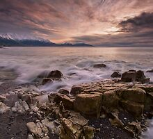 Kaikoura Caromello Rocks by Ken Wright