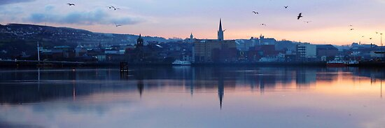 Derry on the Foyle by Agnes McGuinness