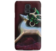 Christmas:  Silver Reindeer Floating on a Deep Red Tree Skirt Samsung Galaxy Case/Skin