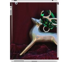 Christmas:  Silver Reindeer Floating on a Deep Red Tree Skirt iPad Case/Skin