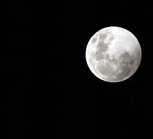 Full moon  by geophotographic