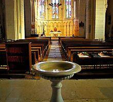 Saint-Sauveur Aisle by triciamary