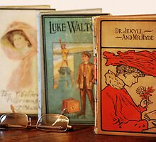 Vintage Books by Laurie Minor