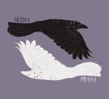 Huginn and Muninn [with runes] T-Shirt